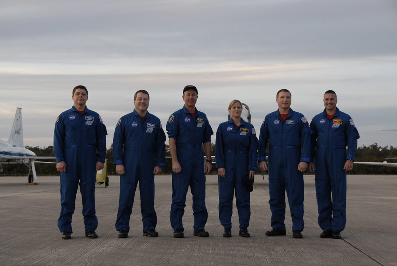 Space Shuttle Astronauts Train for February Launch