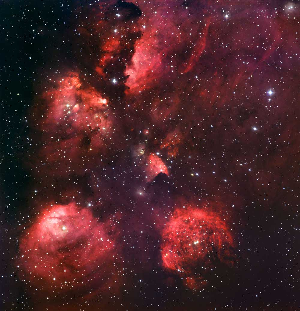 Glowing Nebula Reveals Cosmic Cat's Paw