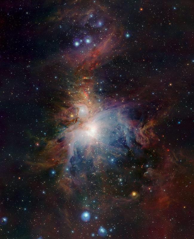 New Image Penetrates Heart of Orion Nebula