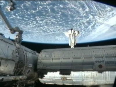 Earth's Gravity Kept Astronauts Waiting at Space Station's Door