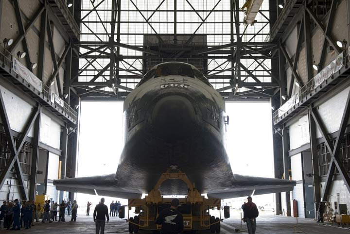 NASA Prepares Shuttle Discovery for April Launch