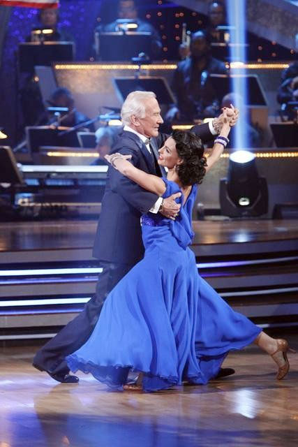 Moonwalker Buzz Aldrin Risks Elimination as 'Dancing With the Stars' Score 'Craters'