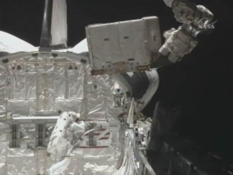 Astronauts Wrap Up Big Tank Work in Mission's Last Spacewalk