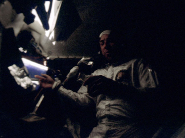 Apollo 13: NASA averts a tragedy