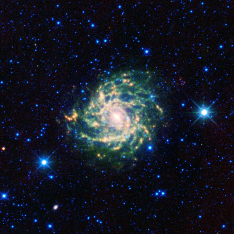 Hidden Galaxy Photographed by Peeping Space Telescope
