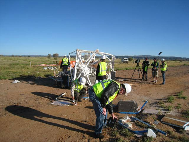 Huge NASA Science Balloon Crashes in Australian Outback
