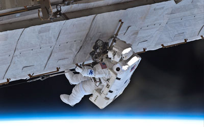 Atlantis Astronauts Begin Second Spacewalk
