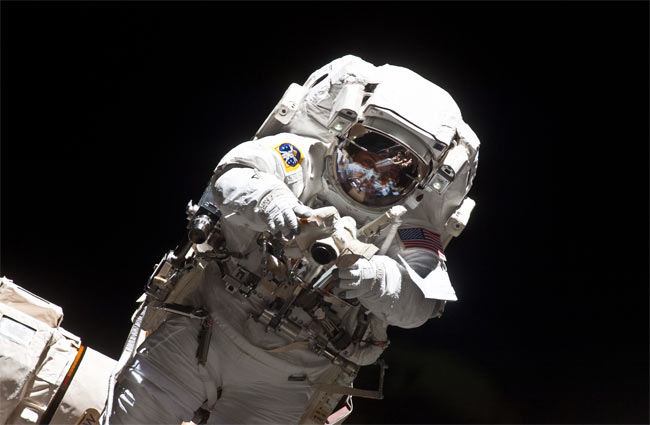 Atlantis Astronauts Begin Third and Final Spacewalk