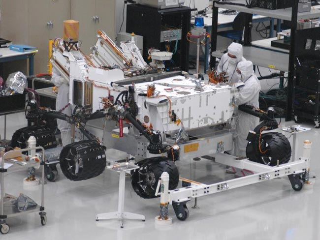 Future Mars Rover Gets New Set of Wheels