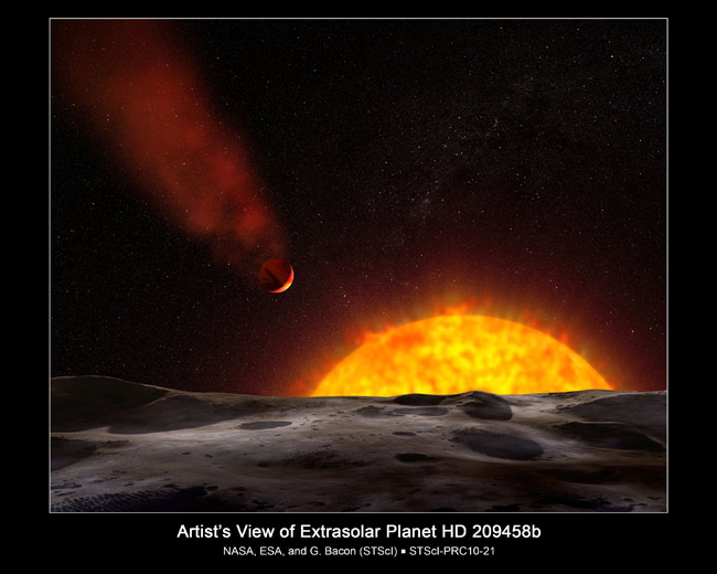 Scorched Alien Planet Has a Comet Tail