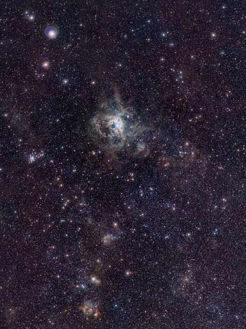 Baby Stars Sparkle in New Photo of Tarantula Nebula