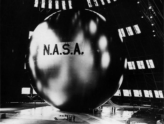 1st Communication Satellite: A Giant Space Balloon 50 Years Ago