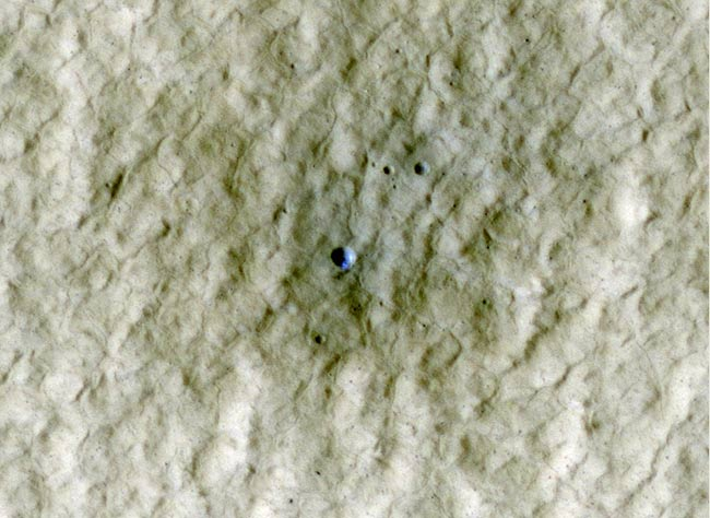 Young Mars Crater Contains Water Ice, Photo Shows