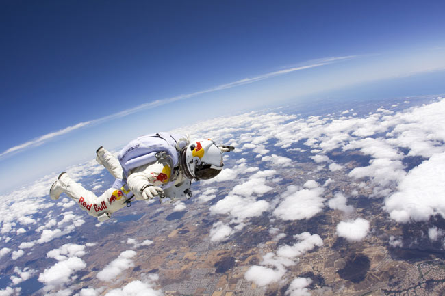 Record-breaking Red Bull Space Dive Planned