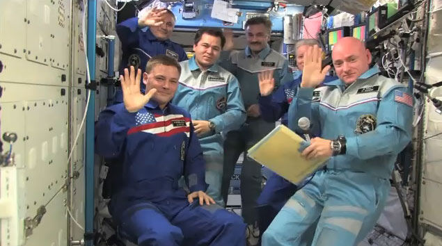 American Astronauts Give Thanks for Safe Space Station Flight