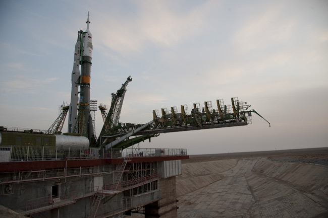 Russia's Soyuz Blasts Off With New Crew for Space Station