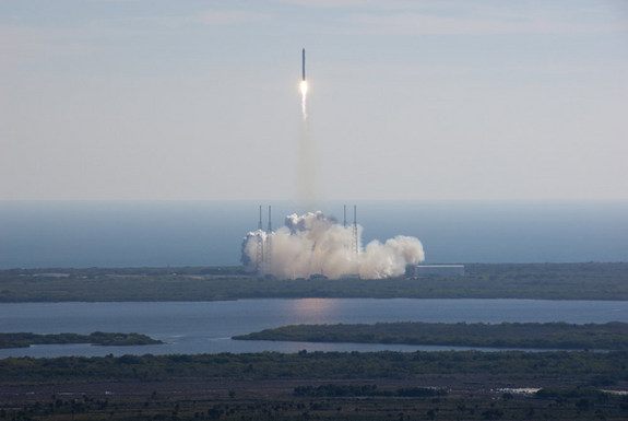 SpaceX's Falcon 9 rocket and Dragon spacecraft lift off from Launch Complex 40 at Cape Canaveral Air Force Station at 10:43 a.m. EST in this photo taken Dec. 8, 2010 during the key space capsule flight test for NASA's commercial orbital space transportation program.