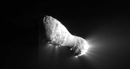 New Comet Finding May Alter Theories About Life on Earth