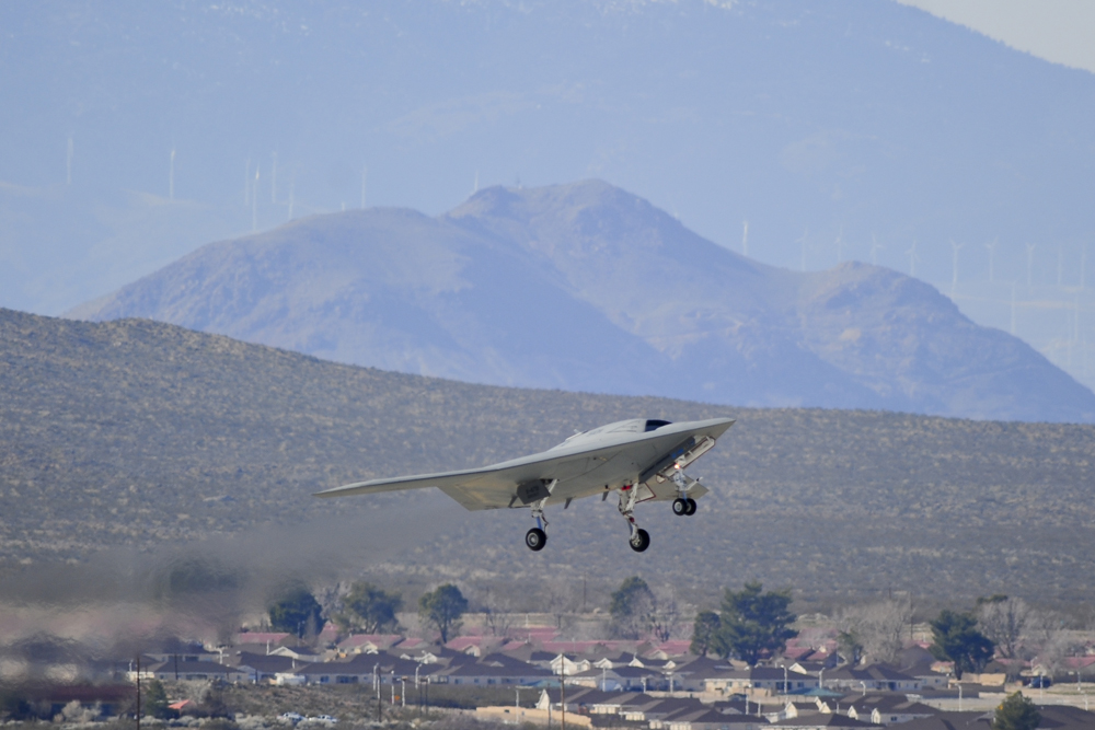 Stealthy New Robot Combat Plane Makes Maiden Flight