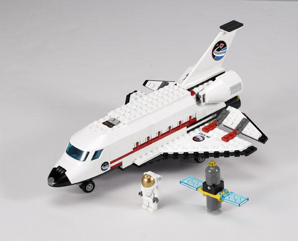 LEGO's New Toy Sets to Blast into Space with NASA