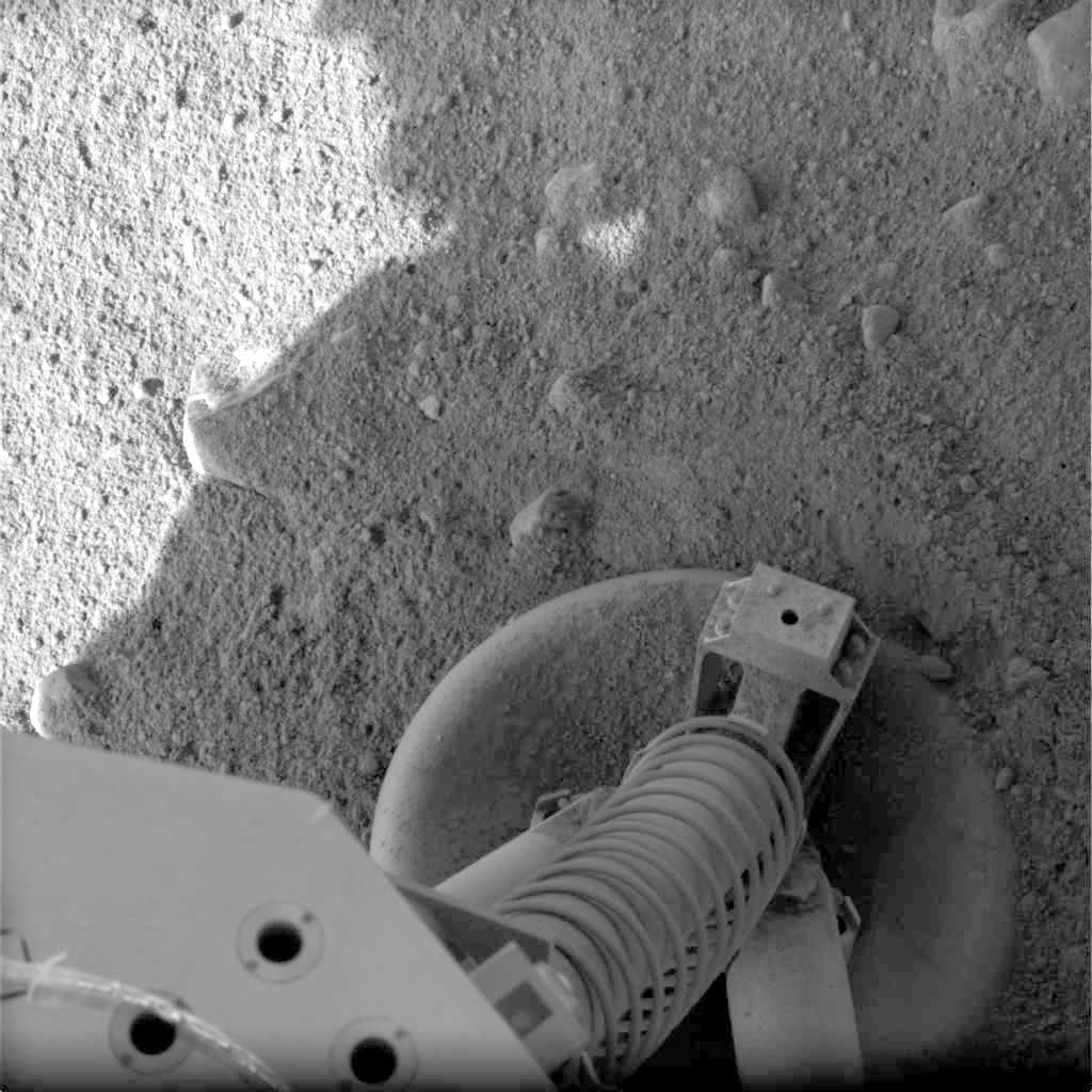 Photos: NASA's Phoenix Lander on Mars