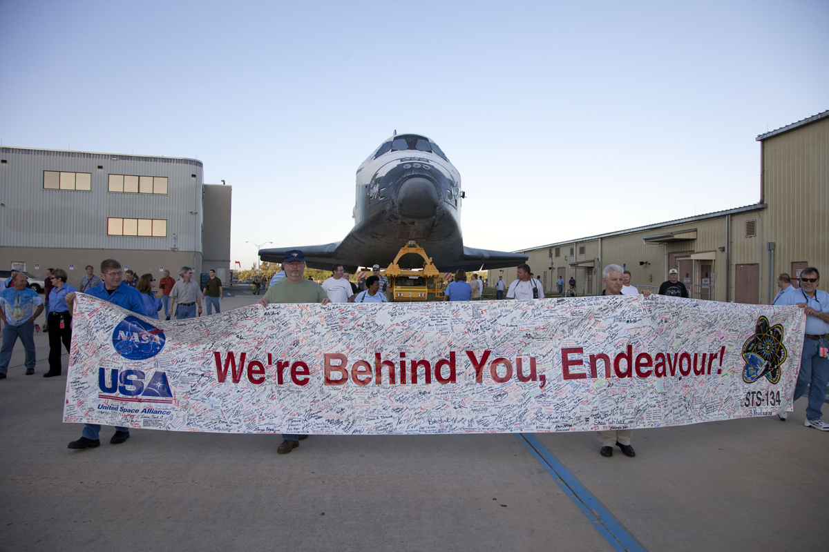 Space Shuttle Endeavour's Fans