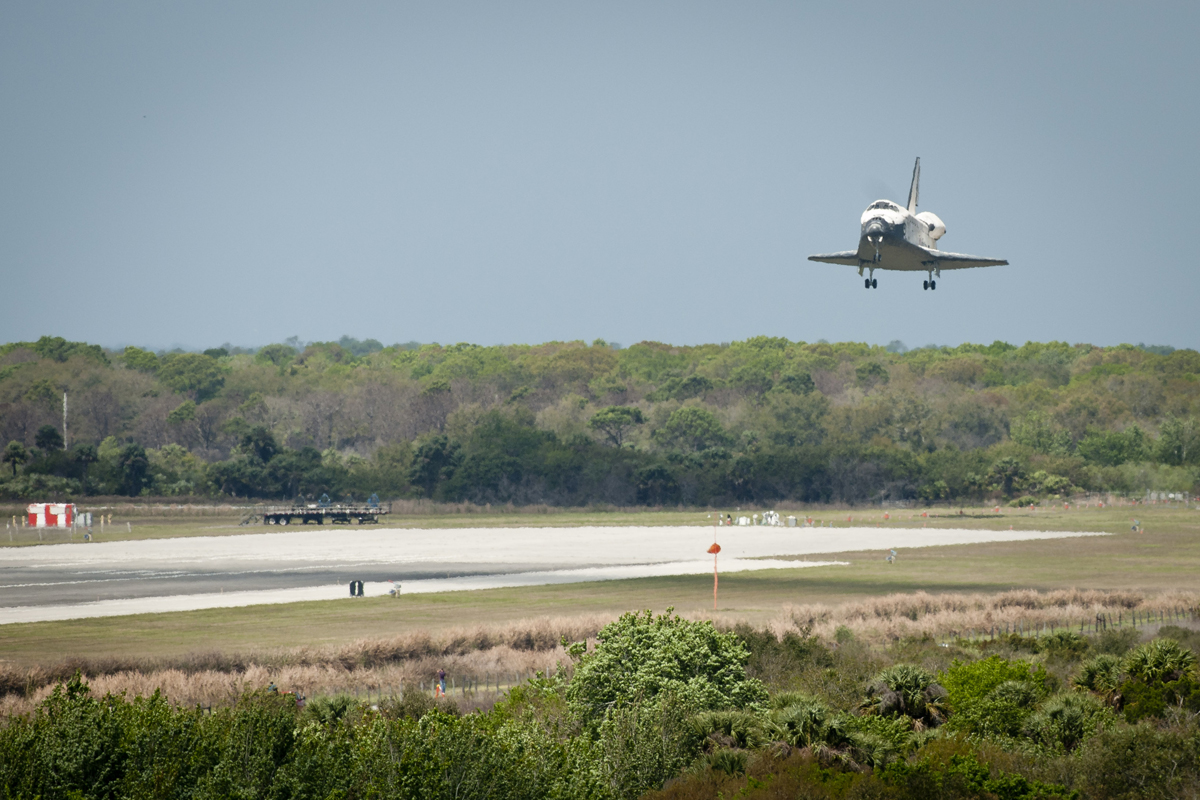 Space Shuttle Discovery Lands on Earth After Final Voyage
