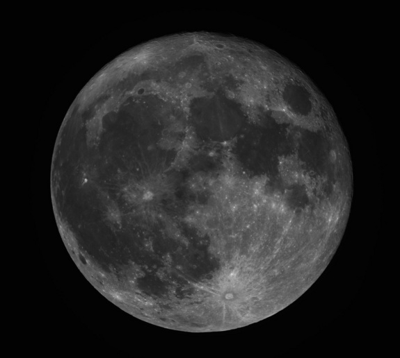 Skywatcher Phillip Jones took this photo of the full moon on March 19, 2011 from Frisco, Texas.
