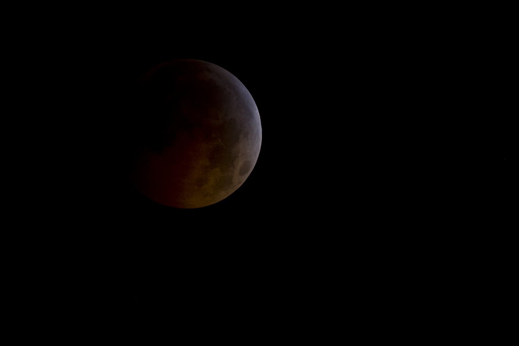 Longest Total Lunar Eclipse in 11 Years Occurs Wednesday