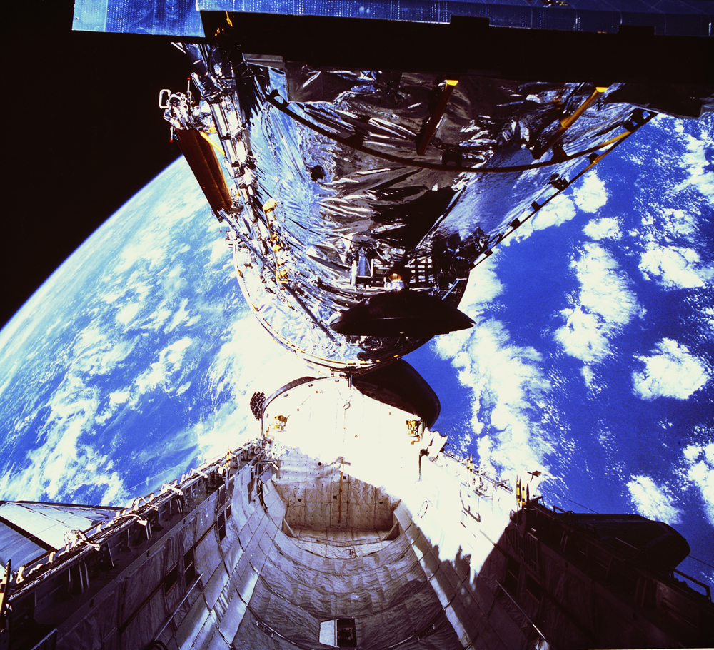 Discovery Launched the Hubble Space Telescope