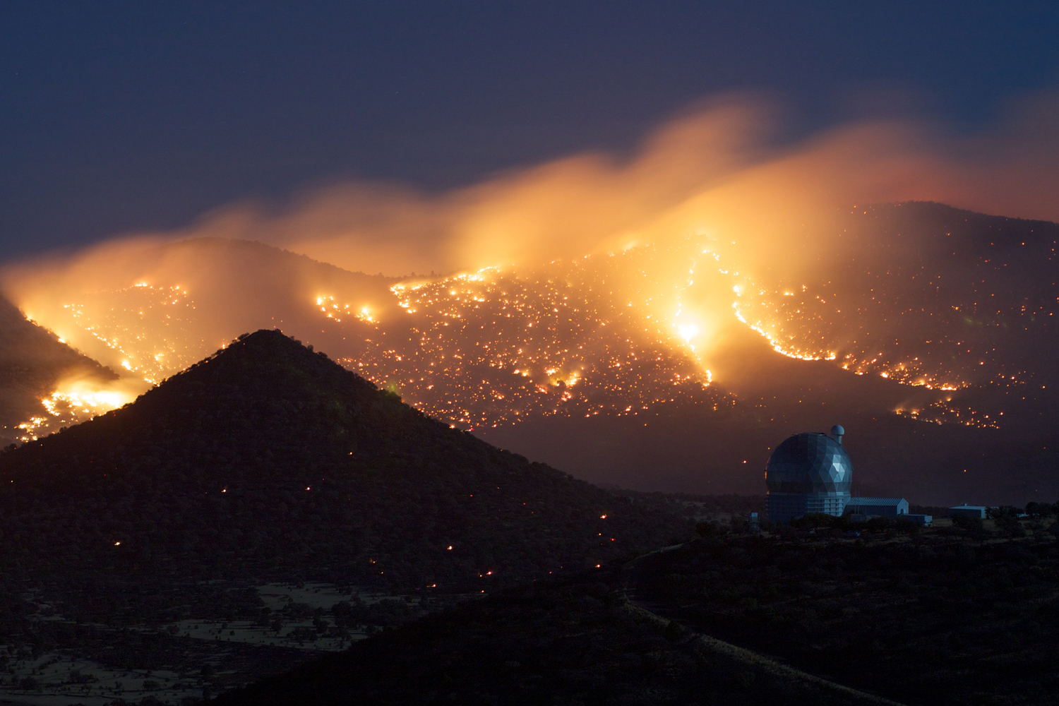 McDonald Observatory Gets Wild View of Texas Wildfires