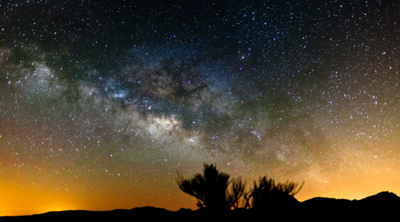 Stunning Time-Lapse Video: The Milky Way Over Canary Islands