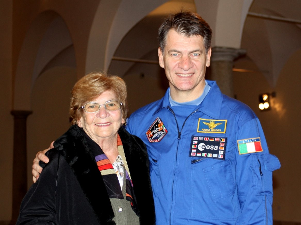 Italian Astronaut Mourns Mother's Death from Space