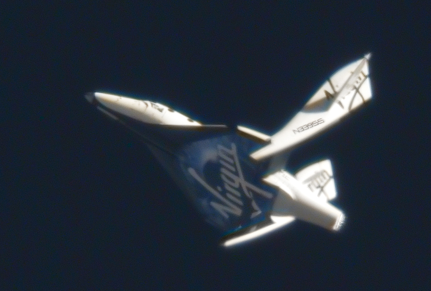 SpaceShipTwo Feathers Its Wings for 1st Time