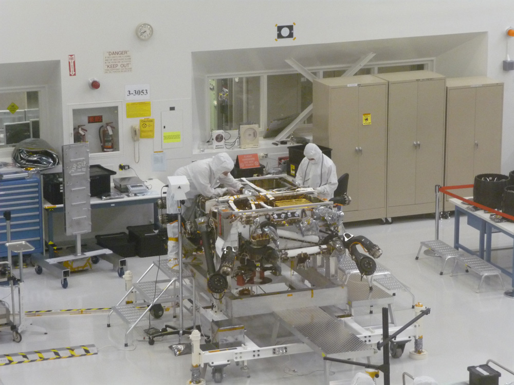 JPL technicians work on Mars Science Laboratory rover Curiosity