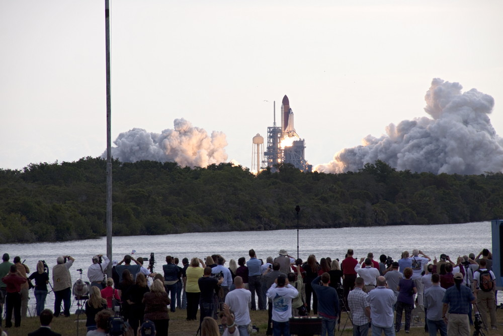 Media at Endeavour's Last Launch