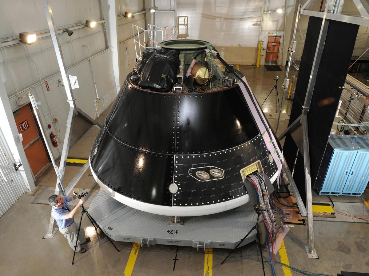 NASA's 1st Orion Spacecraft Test Flight in Photos