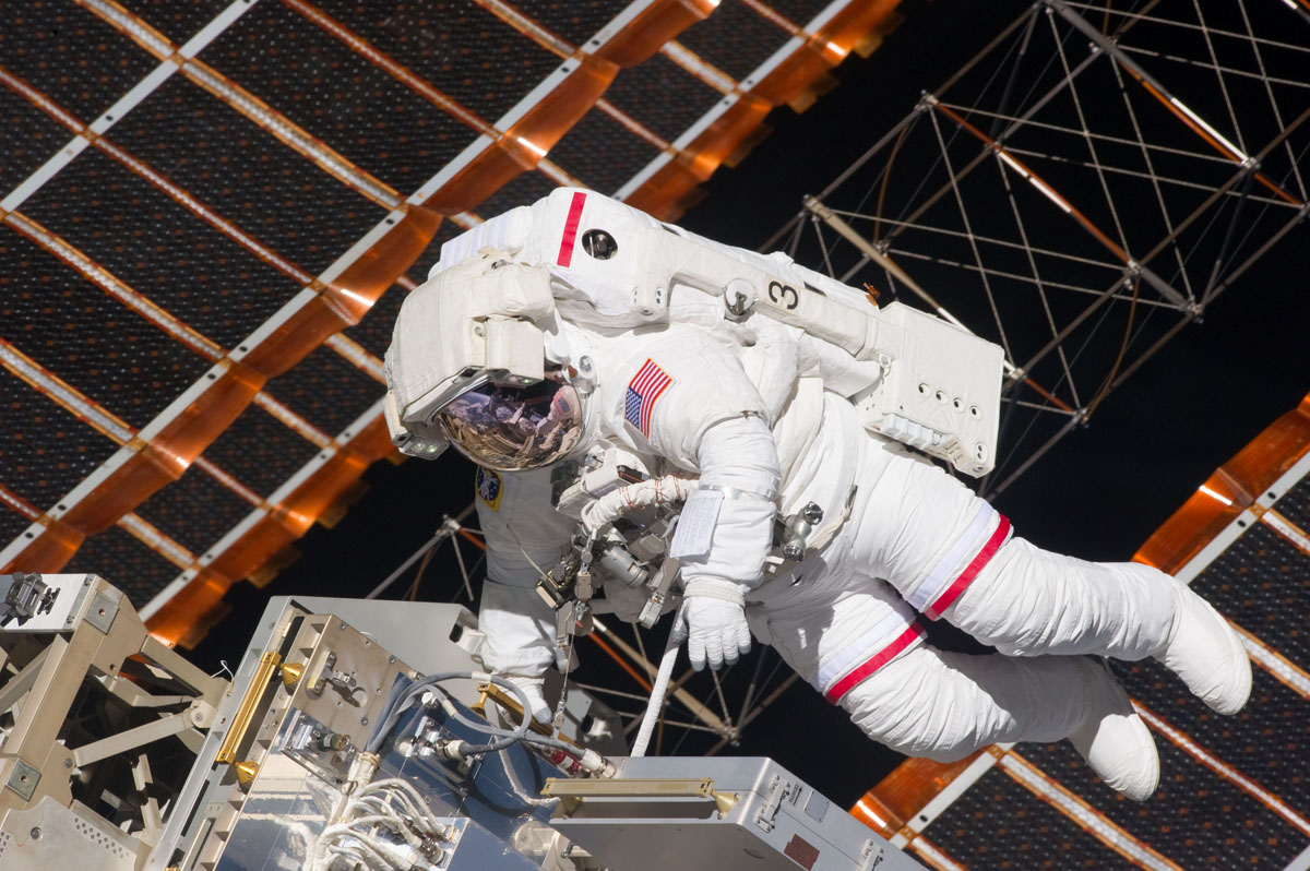 Shuttle Astronauts Tackle Third Spacewalk at Space Station
