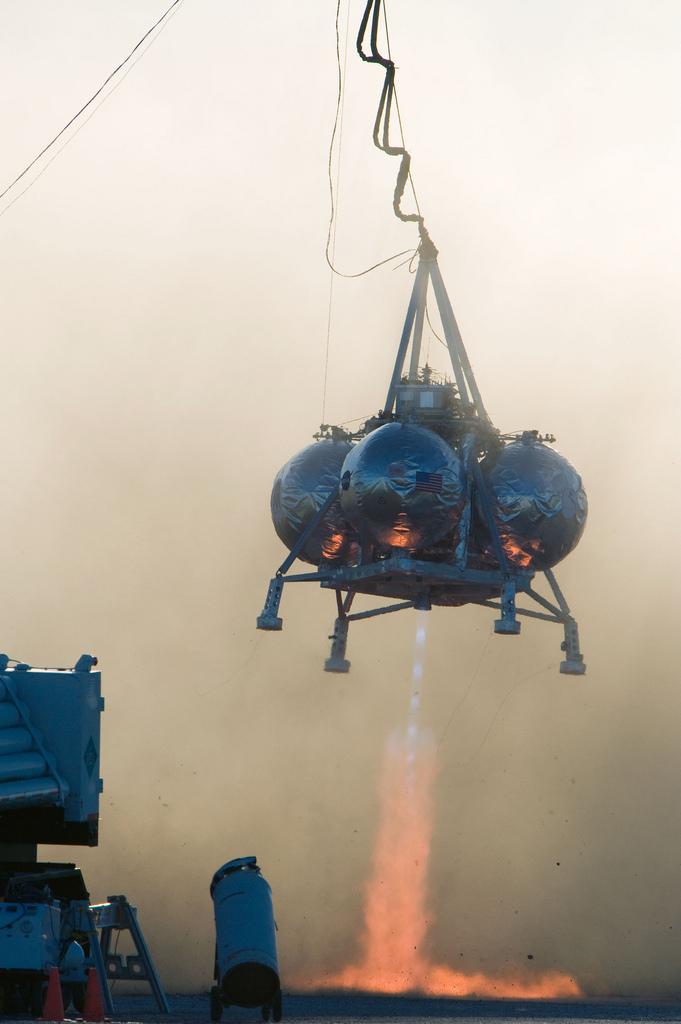 Morpheus Lander Third Tethered Test