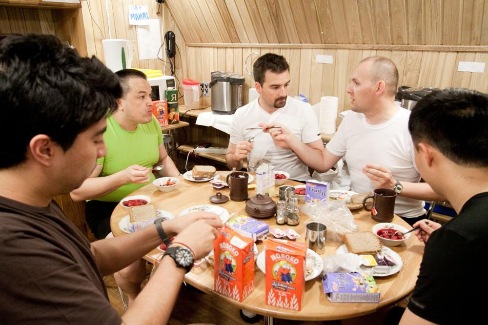 Mars500 Crew Dining
