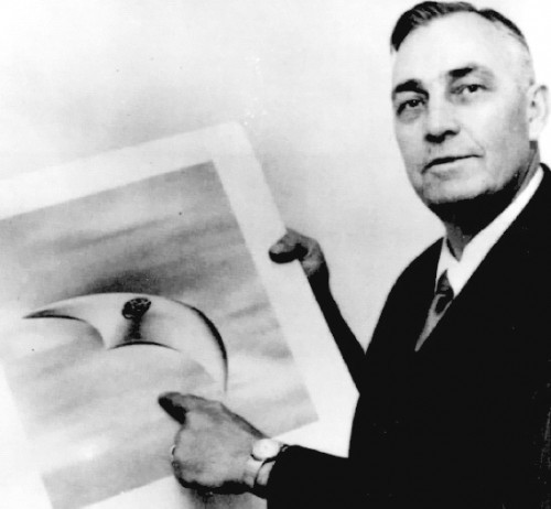A crescent-shaped UFO seen and later sketched by pilot Kenneth Arnold on June 24, 1947.