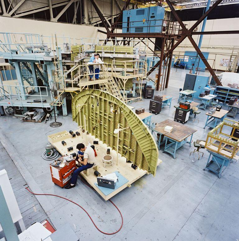 Atlantis' Upper Forward Aft Fuselage Assembled