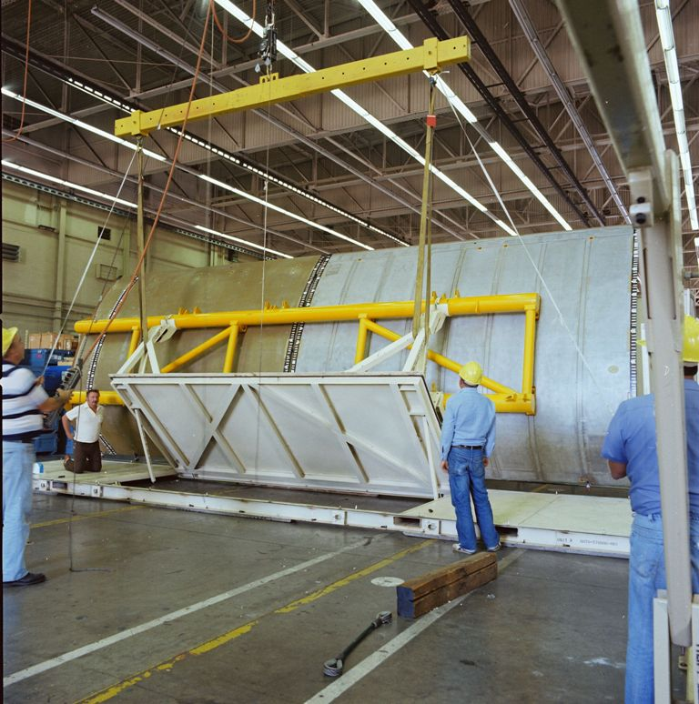 Atlantis' Payload Bay Doors Delivery