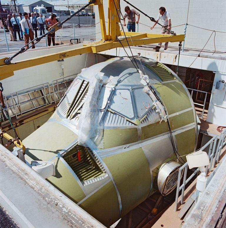 Vacuum Test on Atlantis' Crew Module