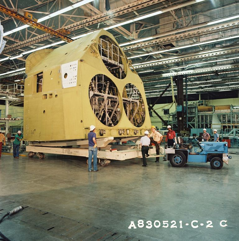 Atlantis' Aft Fuselage Prepared for Delivery
