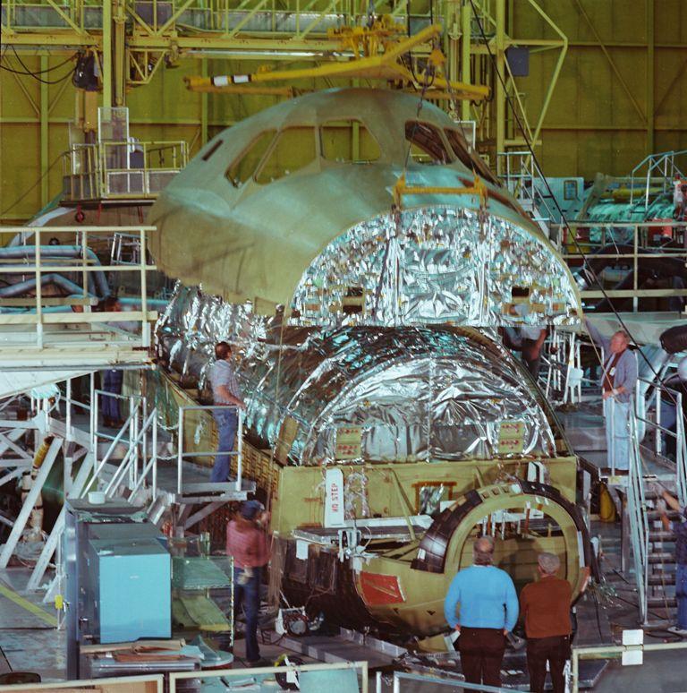 Atlantis' Upper Fuselage Installed