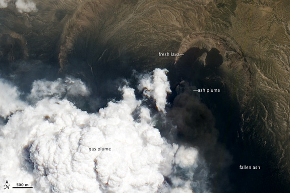 A natural color, close-up image of the eruption taken by NASA's EO-1 satellite.