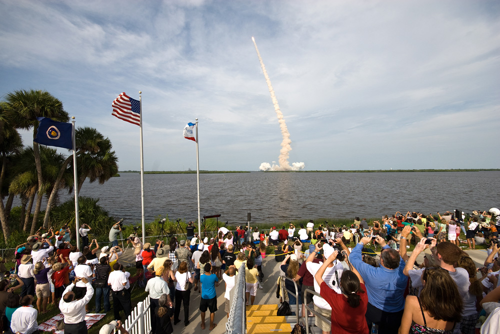 shuttle launch viewing