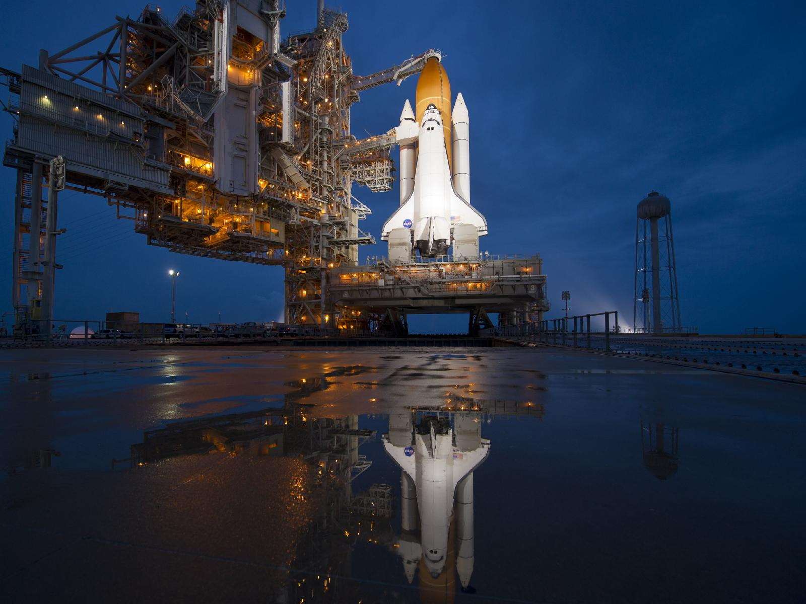 Shuttle Atlantis launch pad reflection