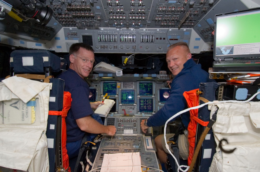 Crew on the Flight Deck of Atlantis